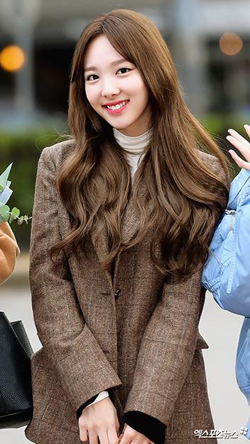 Celeb's Pick – Twice Na yeon